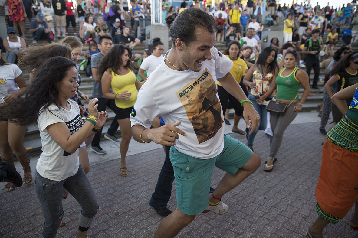 20150921_brazilian_day_philly_750